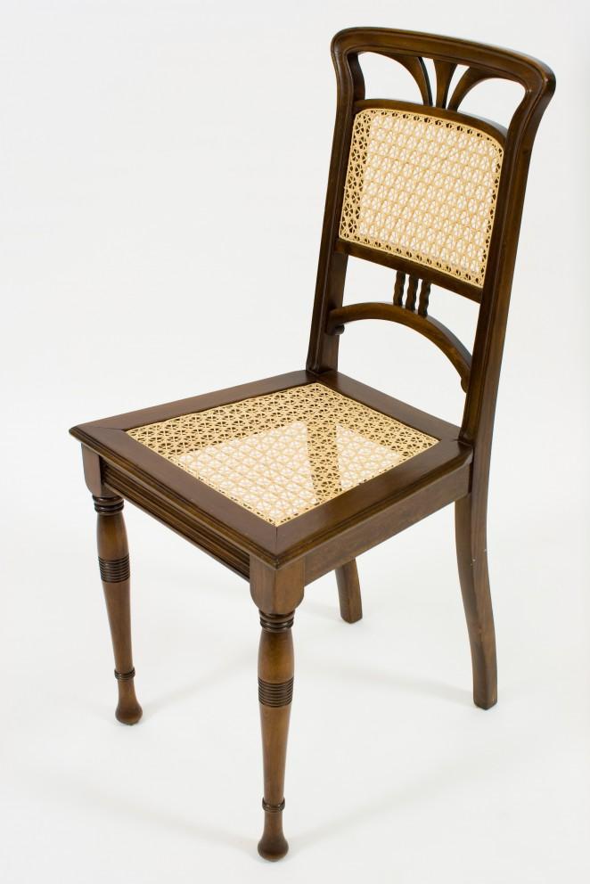 Holz-Stuhl
